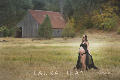Danielle - Maternity